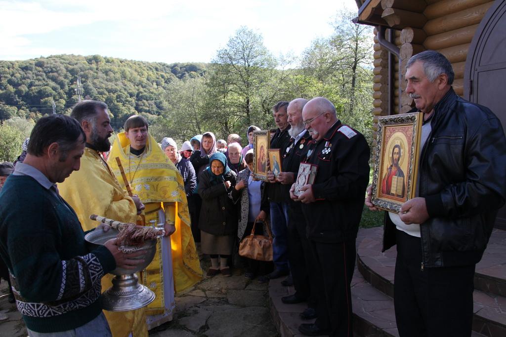 В селе Нижняя Ермоловка отметили Престольный день